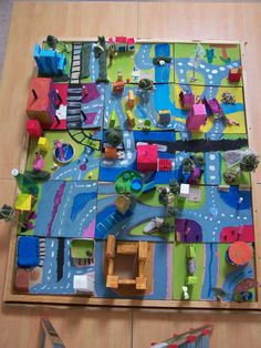 ville imaginaire Preschool Crafts, Fun Crafts, Crafts For Kids, Animation Photo, Atelier D Art, Ecole Art, Art Curriculum, School Art Projects, K Project