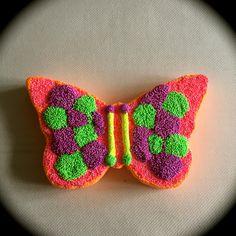 Isomooi basisfiguurtje vlinder bekleed met foam clay !