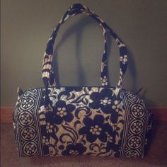 """New Vera Bradley Night & Day Small Duffel Bag The small duffel features zipper closure and an exterior slip in pocket. It measures 18.75"""" X 8.75"""" X 8.50"""" with a 15"""" strap drop. Comes from a smoke free home. Vera Bradley Bags Travel Bags"""