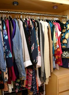 Miss Hannah Marie: How to Organize a Dorm Closet // so useful!!