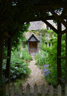 Bibury, England   I wanna stay in a cute little cottage like this for my honeymoon!!!!