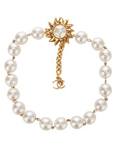 Chanel Pre-Owned Chanel Pearl Necklace - Farfetch Chanel Pearl Necklace, Pearl Necklace Vintage, Chanel Pearls, Chanel Jewelry, Vintage Pearls, Vintage Chanel, Pearl Jewelry, Jewelery, Vintage Jewelry