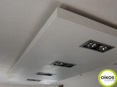 Plafonds de cuisine : faux plafond avec spots ALU