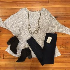 "NEW ARRIVAL ""Right Kind Of Love Top"".....super soft and styles perfectly with our ""My Comfy Jeggings""! #newarrivals #jeggings #lorelaisstyle #shoplocal #shopsonbroadway #boutiquesonbroadway #uptowncolumbusgeorgia"
