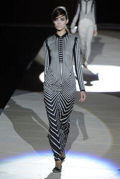 Marc Jacobs RTW Spring 2013 - Runway, Fashion Week, Reviews and Slideshows - WWD.com