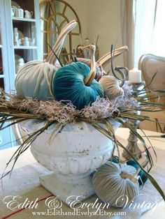 My Faux French Chateau – Fall Decor Ideas - Hybrid Elektronike Velvet Pumpkins, Fall Pumpkins, Fabric Pumpkins, Fall Home Decor, Autumn Home, Thanksgiving Decorations, Seasonal Decor, Harvest Decorations, Pumkin Decoration