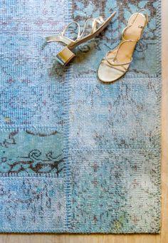 Il mio tappeto turco blu by Sukhi Rugs On Carpet, Carpets, Interiors, Decor, Home, Farmhouse Rugs, Rugs, Decoration, Decoration Home
