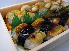 知床鮨 - 料理写真:煮蛤と穴子の握り寿司  http://ameblo.jp/tubami1012/entry-11262732649.html#c11888533820