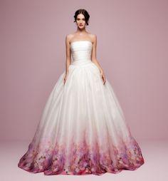 Színes esküvői ruhák | Secret Stories