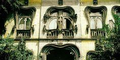 Fachada de un edificio de la calle Chihuahua en la colonia Roma. / Rafael Doniz