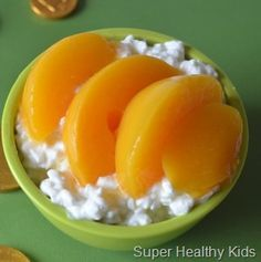 Bedtime Snacks 10 quick and healthy ideas - I realize these are for kids. Bedtime Snacks 10 quick and healthy ideas – I realize these are for kids. But they look like grea Healthy Bedtime Snacks, Healthy Afternoon Snacks, Lunch Snacks, Kid Snacks, Kid Lunches, Fruit Snacks, Healthy Breakfasts, School Lunches, Super Healthy Kids