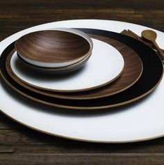 Round Wood Trays from Canvas