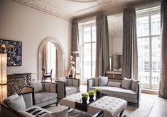 Portfolio of Luxury Interior Designs by Mokka Design