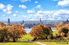 Herbstliches Dresden Architektur