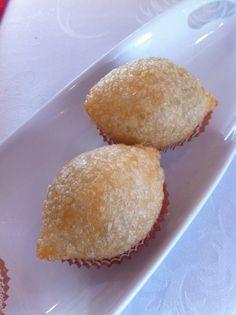 Deep fried sticky rice dumpling.
