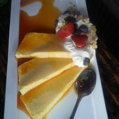 Pudding with vanilla ice cream