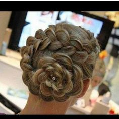 Dutch Braid Swirl!! Perfect for Valentines Day!