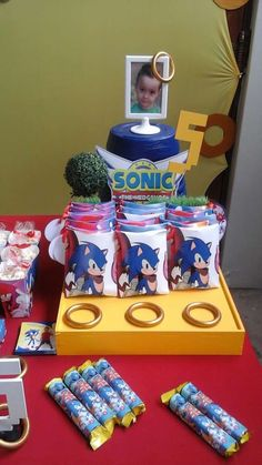 Handmade Events by Paula Domingos's Birthday / SONIC - Photo Gallery at Catch My Party 7th Birthday Boys, Sonic Birthday Parties, Sonic Party, Birthday Party Decorations, Party Themes, Party Ideas, Hedgehog Birthday, Sonic Boom, Diy Party