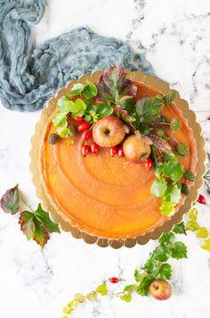 Na vidličku: Ořechový dort s jablíčky v karamelu Desserts, Food, Tailgate Desserts, Deserts, Essen, Postres, Meals, Dessert, Yemek
