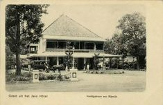 Grand Hotel Java aan Rijswijk te Batavia. 1900