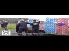▶ Unwrapping the Animal Friends Insurance new Ambulance 13th January 2014 PV - YouTube
