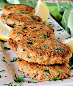 Salmon Quinoa Patties - These delicious little superfood charged salmon patties delivers taste and nutrition in a recipe the whole family will love. From www.bobbiskozykitchen.com