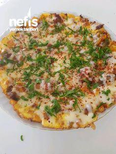 Patatesli Sucuklu Omlet #patateslisucukluomlet #kahvaltılıktarifleri #nefisyemektarifleri #yemektarifleri #tarifsunum #lezzetlitarifler #lezzet #sunum #sunumönemlidir #tarif #yemek #food #yummy