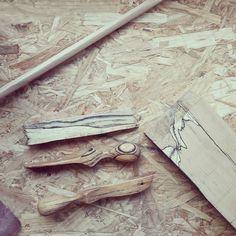 """68 mentions J'aime, 4 commentaires - Kermesse Sauvage (@kermessesauvage) sur Instagram: """"🖤《Hêtre échauffé》🖤 L'échauffure du bois de Hêtre est due à l'installation dans le bois d'un…"""""""