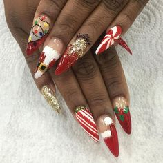 The Latest Nails Art Design Ideas For Christmas 2018 44 Cute Christmas Nails, Xmas Nails, Christmas Nail Art Designs, Holiday Nails, Christmas 2017, Magical Christmas, Santa Christmas, Summer Acrylic Nails, Best Acrylic Nails
