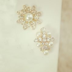 Find More Charms Information about 19*21 Fashion Zircon imitation Diamond Jewelry floating charms Pearl flower Gold Plated charm Bracelet For Women diy Accessories,High Quality jewelry and watch box,China bracelet clip Suppliers, Cheap bracelet rhinestone from Playful beauty department store on Aliexpress.com