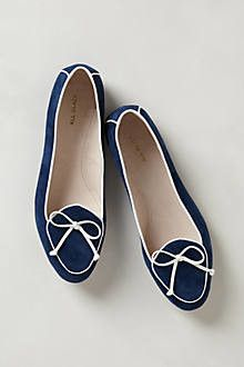 Piped Sabbatical Loafers this must catch every woman's eye..