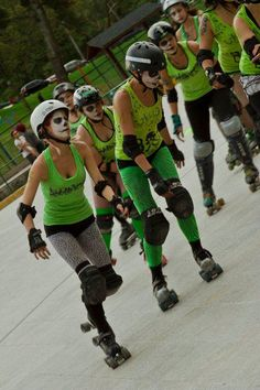 Roller Derby Colombia,  Bogota Bone Breakers  2011 Roller Derby, Roller Skating, Contact Sport, Cities, Sports, Collection, Fashion, Colombia, Cartagena