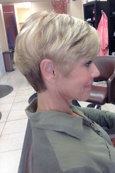 Short shape with contrasting color.  Done by Dana Larsen at Salon Lucid Redondo Beach Ca.