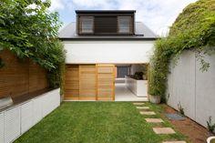 Bondi House is a row house designed by Fearns Studio in Sydney, Australia's Bondi Beach neighborhood showcasing how light and framed views define a space.