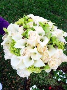 Green White Bouquet Spring Summer Wedding Flowers Photos & Pictures - WeddingWire.com