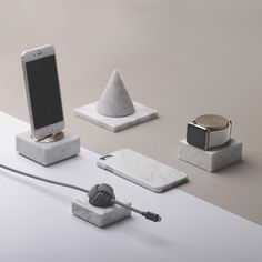 """Native Union Marble Charging Dock for Apple iPhone """"DOCK"""""""
