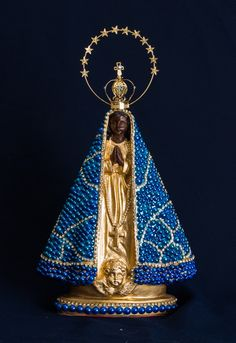 Faith Crafts, Mother Mary, Summer Crafts, Religious Art, Virgin Mary, Santa Maria, Altar, Decorative Bells, Arts And Crafts