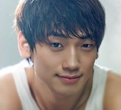 Seriously.... I have no words for this guy <3 Jung Ji-Hoon aka Rain (비)