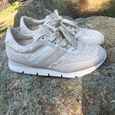 e8bd9296d447 Like New Calvin Klein Tennis Shoes Tea Jacquard Suede Athletic Sneaker W sz  8