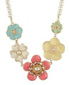 Love this Mulitcolor Flowers Necklace