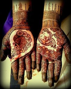 Bridal henna or mehndi. Mehndi Tattoo, Henna Tatoos, Mehndi Art, Henna Mehndi, Foot Henna, Indian Henna, Tattoos, Wedding Henna, Bridal Mehndi