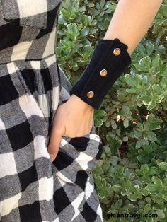 wrist wallet - black patchwork - pearl snaps - denim - western - all sizes - http://oleantravel.com/wrist-wallet-black-patchwork-pearl-snaps-denim-western-all-sizes