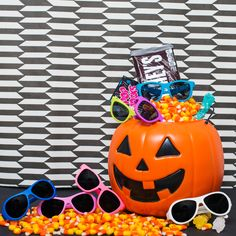 Eye candy for days! Don't forget to shop the most stylish, durable kids sunglasses around to complete your Halloween costume. #Babiators #KidSunglasses #KidStyle #Sunglasses