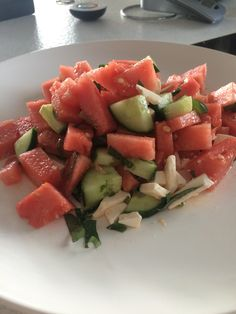 Watermelon feta salad ( watermelon, feta, cucumber, mint, pepper, salt, olive oil) weight watcher points: 5