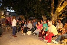 visite a Maria Elena Encinas y amigos de el coloso alto. #lasfamiliasconlaflor http://farl.mx/1y023p2