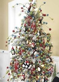 Penguin Christmas tree - I'm SO gonna have one of these one day!!