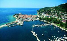Montenegro – Travelling through Europe Montenegro Travel, Travel Through Europe, Mediterranean Architecture, Adriatic Sea, I Want To Travel, Sandy Beaches, Holiday Destinations, Croatia, Night Life