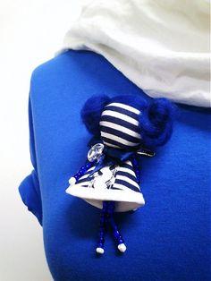 maramanufaktura / brošňa mini MARA prúžková/modro-biela/