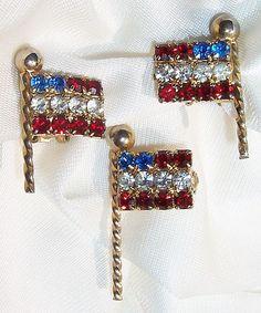 Patriotic & Pretty! Weiss Rhinestone Flag Set