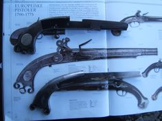 ca 1740 full metal Scottish Pistol, made in Italy, Spain or maby India? So I vill make a replica of the replica. Photo show the different swivel pistol and the Scottish. Made a mandril to form the 1.2mm sheet metal Runar